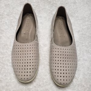 ECCO Felicia Summer Perforated  Slip-On Loafer 37